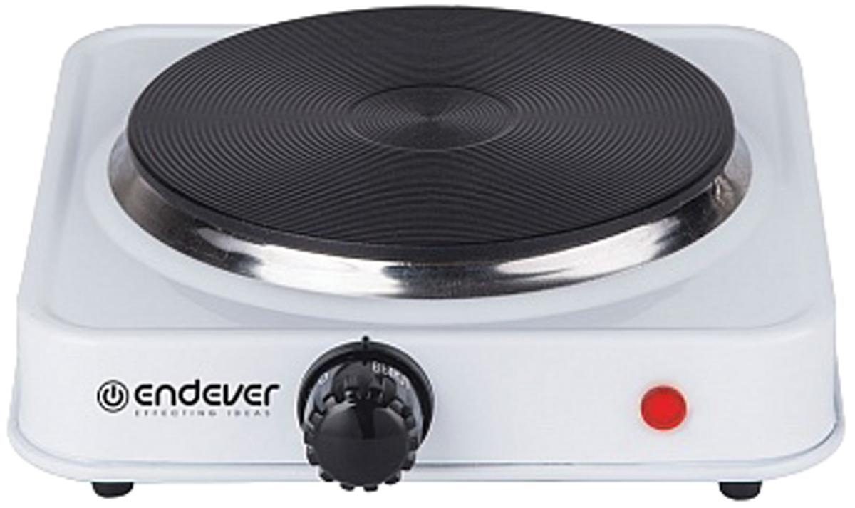 Endever EP-18W, White настольная плитаEP-18WЭлектрическая плитка Endever SkyLine EP-17 - удобная, компактная, незаменимая дома, на даче, в офисе! Настольная плитка с чугунной конфоркой легко разместится на любой кухне. Дно плитки оснащено резиновыми ножками, благодаря чему плитка не будет скользить по поверхности. Плитка имеет индикатор работы, встроенный термостат, защиту от перегрева. Для вашего удобства предусмотрено 5 программ приготовления.
