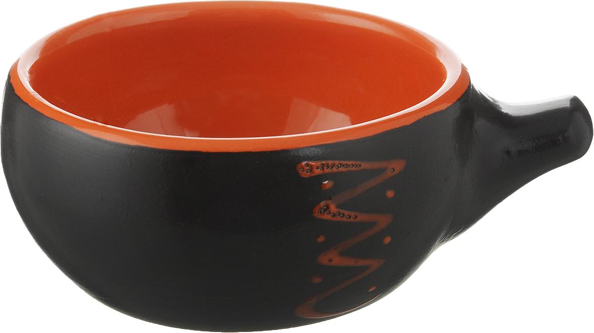 Кокотница Борисовская керамика Чугун, цвет: графитовый, оранжевый, 180 млЧУГ00000415_оранжевая полоскаКокотница Борисовская керамика Чугун не оставит вас равнодушным. Она выполнена из высококачественной керамики. Внешние и внутренние стенки покрыты цветной глазурью. В кокотнице можно удобно запекать кексы, делать жульены. Отличается толстыми стенками, что положительно сказывается на вкусе готового блюда. Экономит место на кухне. Она отлично подойдет для сервировки стола и подачи блюд. Кокотницу можно использовать как порционно, так и для подачи приправ, острых соусов и другого.Подходит для использования в микроволновой печи и духовке.