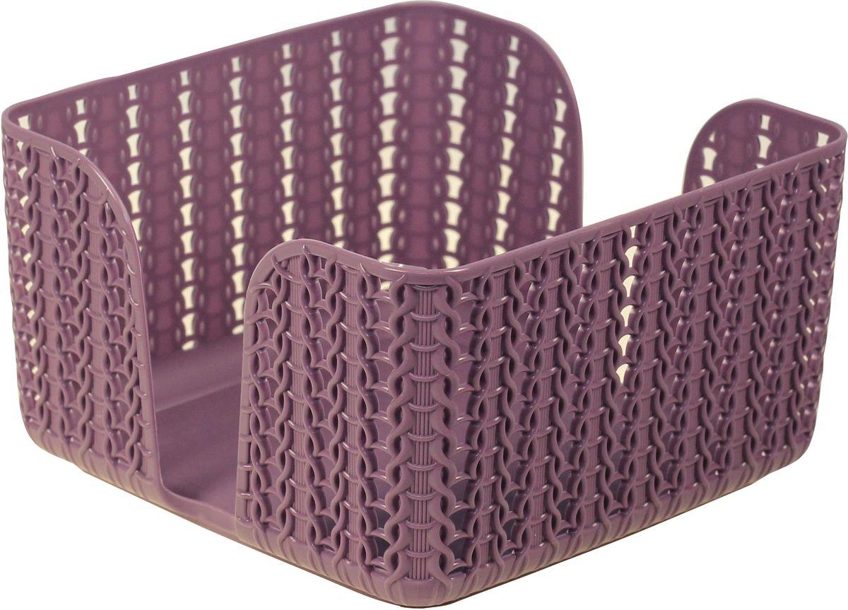 Салфетница - это обязательный атрибут сервировки стола, а салфетница, подобранная со вкусом, - еще и украшение, и эстетическое удовольствие.  Изделие подходит по размеру для стандартной пачки салфеток. Благодаря выемке, салфетки удобно доставать из пачки по одной.  Дополняет серию Вязание от IDEA: корзинки и коробки для хранения, кашпо.