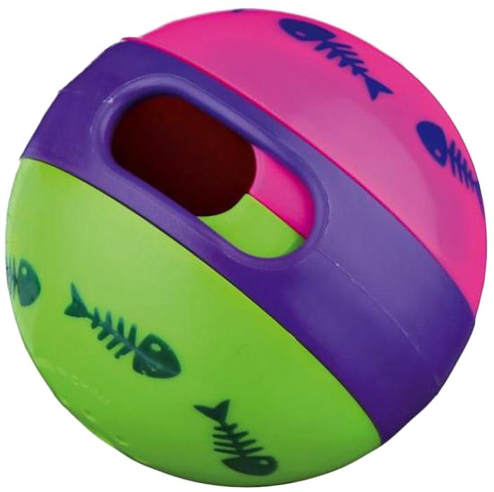 Игрушка для кошек Trixie Мяч для лакомства, диаметр 6 см41362Игрушка для животных Trixie Мяч для лакомства изготовлена из пластика. Мяч наполняется лакомствами, которые выпадают во время катания игрушки. Размер отверстия для выпадения лакомств регулируется.