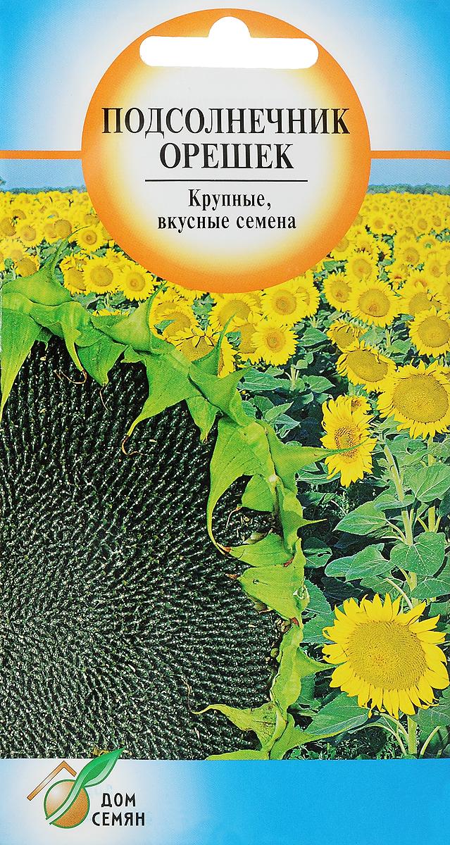 Семена Сортсемовощ Подсолнечник. Орешек4601819262113Раннеспелый сорт, 100-120 дней от всходов. Растение высотой 170-185 см, не ветвящееся. Соцветие-корзинка, диаметром 20-25 см. Семена крупные, черные с серыми краями. Масличность 46-50%. Богаты витаминами А,Е и микроэлементами. Природный антидепрессант. Отличается устойчивостью к заболеваниям подсолнечника и высокой завязываемостью семян при неблагоприятных погодных условиях. Используется также как декоративное кулисное растение и медонос. Посев: в мае во влажную почву на глубину 5-6 см, затем прикатать Схема посева 30 х 70 см. Почва должна быть плодородной, с нейтральной реакцией. Лучшая температура для роста и развития растений 20-25° С. Растение светолюбивое. Уход: подкормка полными минеральными удобрением в фазе 2-3-х пар листьев, рыхление междурядий 1-2 раза за сезон, борьба с сорняками. Сбор урожая: по мере вызревания семян. Корзинки срезают и высушивают. Товар сертифицирован. Уважаемые клиенты! Обращаем ваше внимание на то, что упаковка может иметь несколько видов дизайна. Поставка осуществляется в зависимости от наличия на складе.
