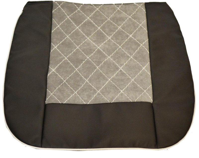 Накида автомобильная Auto Premium, на горизонтальную часть сидения, цвет: серый, черный, 50 х 51 см. 4701347013Накидка на нижнюю часть сиденья выполнена из высококачественного велюра класса люкс. Накидка имеет 4 точки крепления на сиденья, поэтому держится крепко и никуда не съедет. Универсальная накидка на передние сиденья. По краям вставки из износостойкой экокожи , благодаря чему внешние края изделия прослужат дольше.
