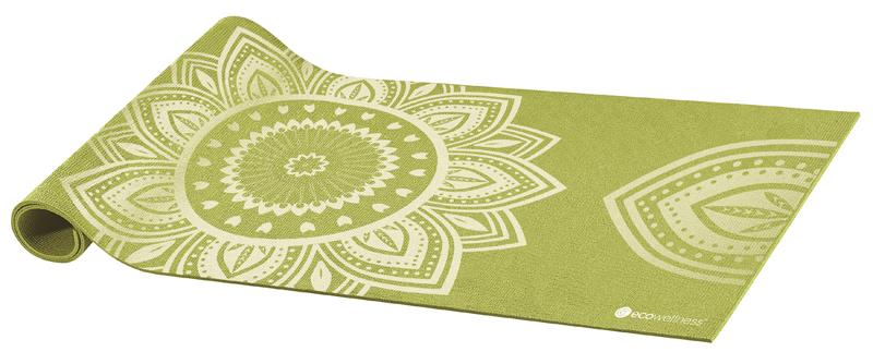 Коврик для йоги Ecowellness, цвет: зеленый, 173 х 61 смQB-8300LG11N-4MMКоврик Ecowellness, изготовленный из ПВХ, применяется для занятий йогой, фитнесом и аэробикой как в домашних условиях, так и в спортзалах. Благодаря противоскользящей поверхности коврик остается неподвижным при выполнении на нем спортивных упражнений. Его легко мыть и хранить, скатав в рулон. Изделие оснащено ремнем для удобной транспортировки. Комфортный и приятный коже коврик для йоги позволяет повысить эффективность от тренировок.Йога: все, что нужно начинающим и опытным практикам. Статья OZON Гид