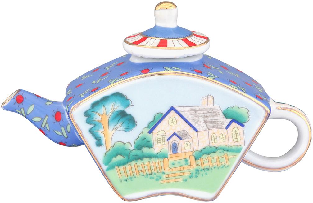 Чайник декоративный Elan Gallery Домик в деревне, цвет: голубой, 100 мл360046Сувениры - традиционное украшение нашего жилья. Декоративный чайник станет прекрасным дополнением к интерьеру вашей кухни, а так же приятным презентом на любой праздник.