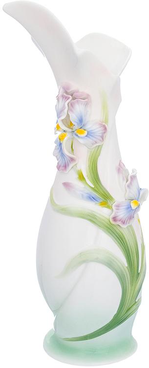 Ваза Elan Gallery Ирисы, цвет: белый, высота 37,5 см, 1,6 л400001Ваза Elan Gallery Ирисы выполнена из фарфора. Декоративная ваза украсит ваш интерьер и будет прекрасным подарком для ваших близких. Оригинальный дизайн наполнит дом праздничным настроением.