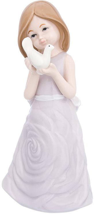 Фигурка декоративная Elan Gallery Девочка в сиреневом платье с голубем, цвет: сиреневый, 9 х 8,5 х 19,5 см870231Изящная фарфоровая статуэтка в классическом стиле украсит ваш дом, а также станет идеальным подарком для дам.