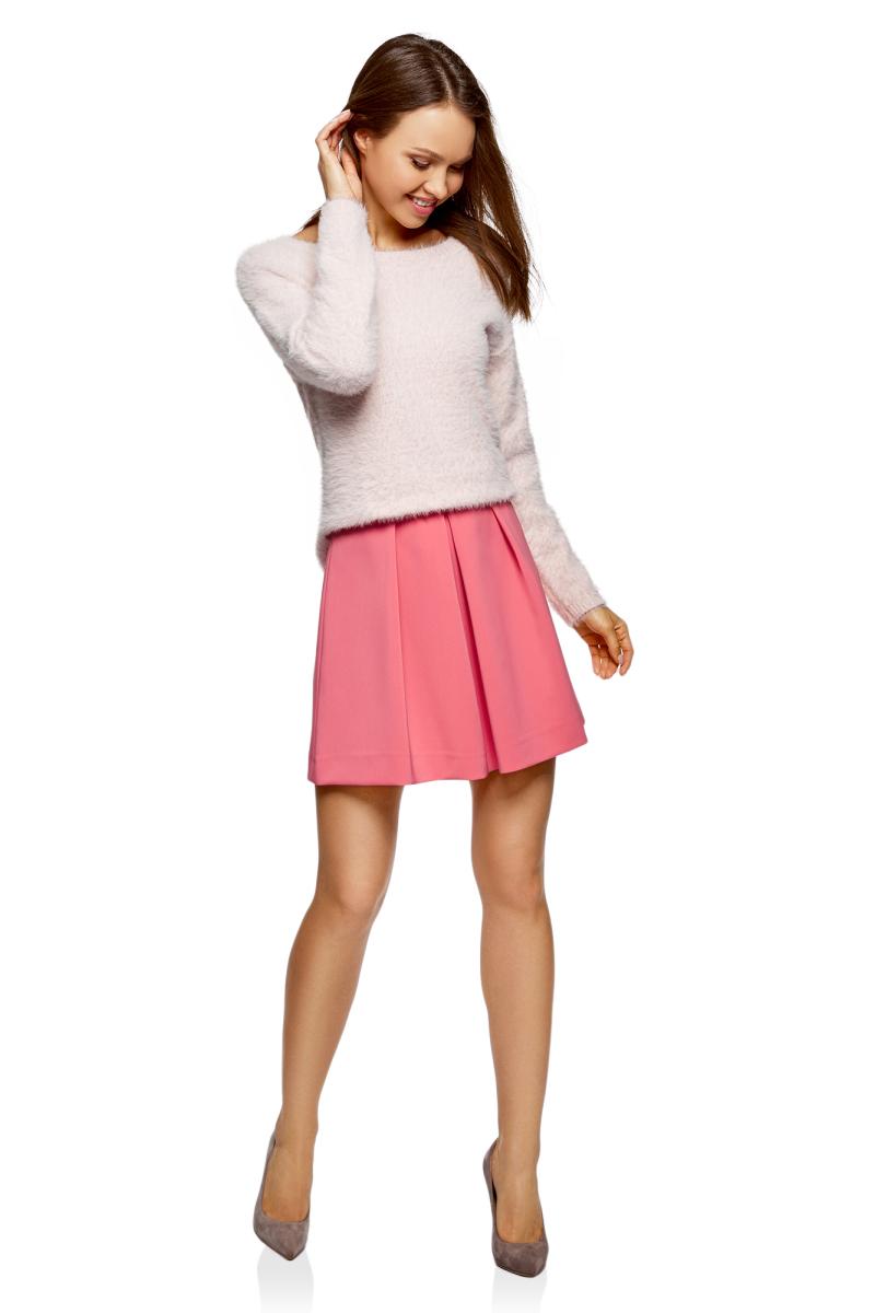 Юбка oodji Ultra, цвет: розовый. 11600396-1B/42250/4100N. Размер 42 (48-170)11600396-1B/42250/4100NРасклешенная мини-юбка от oodji выполнена из высококачественного материала. Модель со встречными складками сбоку застегивается на потайную молнию.