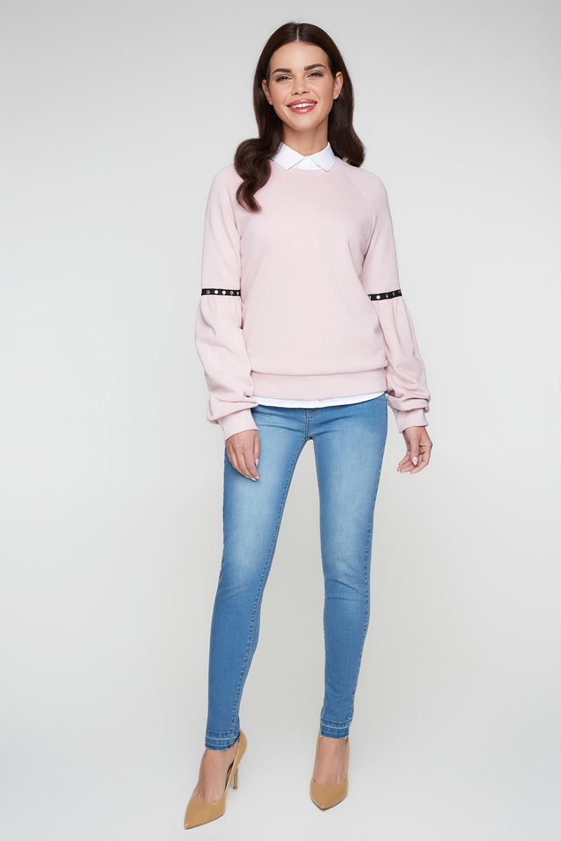 Джинсы женские Bestia Mode_B, цвет: синий. 40010160002_500. Размер 4840010160002_500Стильные женские джинсы Bestia выполнены из эластичного хлопка. Модель облегающего кроя со средней посадкой на талии. Джинсы застегиваются на металлическую пуговицу в поясе и ширинку на застежке-молнии, имеются шлевки для ремня. Изделие дополнено спереди двумя декоративными карманами и маленьким накладным кармашком, а сзади - двумя накладными карманами. Оформлена модель контрастной прострочкой и эффектом потертости.
