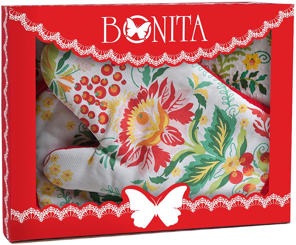 Подарочный набор для кухни Bonita Калинка, 3 предмета97043Подарочный набор для кухни Bonita состоит из прихватки, полотенца и рукавицы. Рукавица и прихватка оснащены петельками дляподвешивания. Предметы набора выполнены из хлопка, оформлены ярким изображением.Такой набор оригинально украсит интерьер и будет уместен на любой кухне. Прекрасно подойдет в качестве подарка, который окажется не толькоприятным, но и полезным в хозяйстве.Размер прихватки: 18 х 18 см.Размер полотенца: 35 х 61 см.Размер рукавицы: 18 х 27 см.