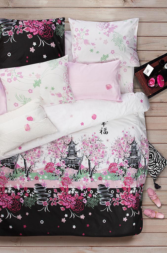 Комплект белья Sova & Javoronok Сакура, 2-спальный, наволочки 50x70. 20308167822030816782Комплект белья Sova & Javoronokизготовлен 100% хлопка, поможет вам расслабиться и подарит спокойный сон.Постельное белье имеет и привлекательный внешний вид, отлично стирается, гладится, быстро сохнет.Комплект состоит из пододеяльника, простыни и двух наволочек.Благодаря такому комплекту постельного белья, вы сможете создать атмосферу уюта и комфорта в вашей спальне.Плотность: 120 г.