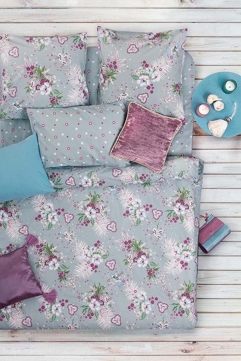 Комплект белья Sova & Javoronok поможет вам расслабиться и подарит спокойный сон.  Постельное белье имеет и привлекательный внешний вид, отлично стирается, гладится, быстро сохнет.  Благодаря такому комплекту постельного белья, вы сможете создать атмосферу уюта и комфорта в вашей спальне.  Плотность: 120 г.