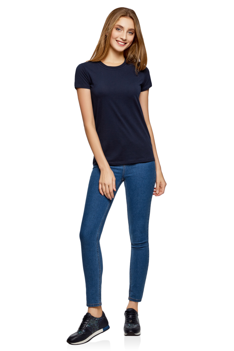 Футболка женская oodji Ultra, цвет: темно-синий. 14701078B/48005/7900N. Размер L (48)14701078B/48005/7900NОднотонная женская футболка, выполненная из натурального хлопка, незаменимая вещь любого гардероба. Модель с короткими рукавами и круглым вырезом горловины. Горловина дополнена трикотажной резинкой, что предотвращает деформацию при носке.
