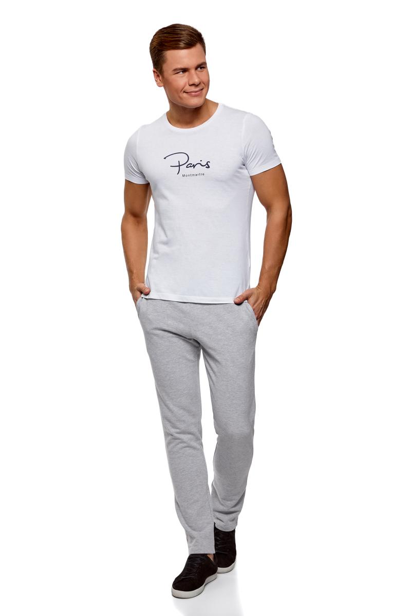 Брюки мужские oodji Basic, цвет: серый меланж. 5B230001M/47648N/2300M. Размер S (46/48)5B230001M/47648N/2300MМужские брюки, выполненные из эластичного хлопка, подойду как для повседневной носки, так и для занятий спортом. Модель на талии имеет широкую эластичную резинку со шнурком-кулиской. Сзади брюки дополнены накладным карманом.