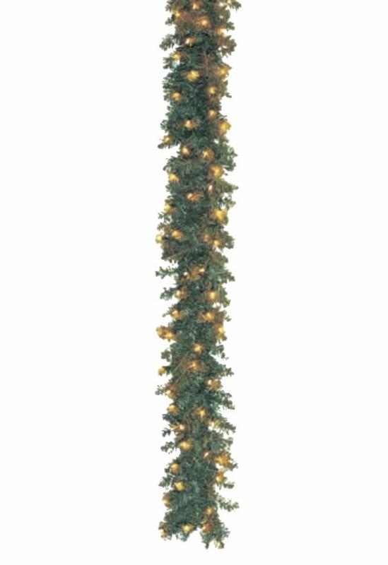Украшение декоративное Neon-Night Еловый шлейф, 2,7 м, с лампочками307-111Порой у нас нет возможности разместить полноценную ель в ограниченном пространстве, именно поэтому Вам подойдет гирлянда еловый шлейф, которая состоит из соединенных между собой еловых ветвей с размещенными на них микролампами.Хорошая влагозащищенность позволяет использовать еловый шлейф как дома, так и на улице. Благодаря своей гибкости, гирлянда может принять нужную форму, что подчеркивает ее универсальность. Она отлично подойдет для украшения дверных проемов, арок, колонн, украсит вход в Ваш загородный дом.Данная гирлянда имеет длину 270 см и приятное теплое белое свечение. Состоит из 220 веток по 6,3 см.