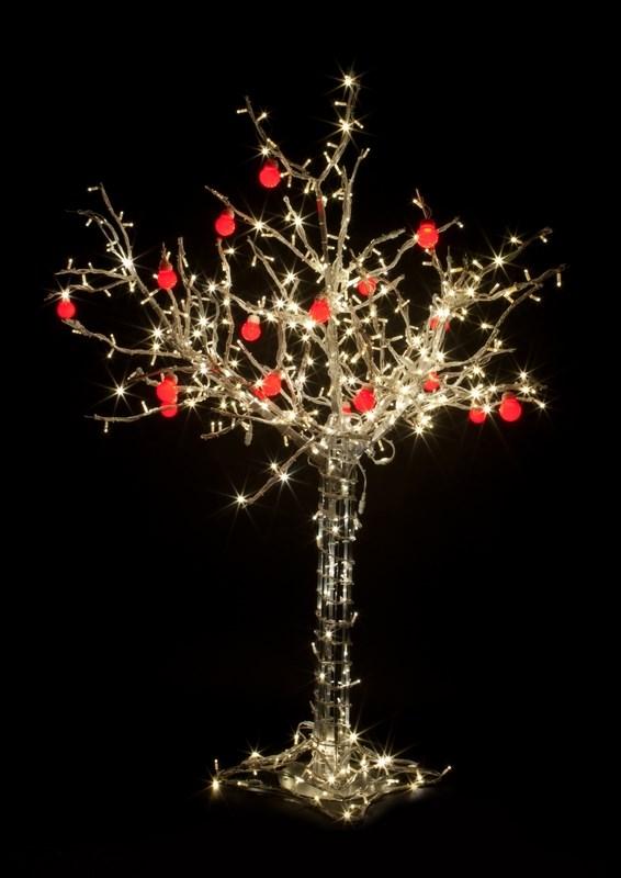 Светодиодное дерево Neon-Night Яблоня, цвет: красный, теплый белый, 150 см531-402Световое дерево Яблоня представляет собой имитацию яблони с 10 красными яблоками. Оно используется для декоративного освещения интерьеров и ландшафтов. Такое дерево может стать прекрасным украшением для вашего дома, офиса, торгового зала, кафе, ресторана или загородного участка. Оно создаст уют, придаст оригинальный стиль и необходимый вам колорит независимо от времени года.На ветках дерева расположены яркие светодиодные гирлянды с силиконовыми насадками. Светодиодное дерево выглядит очень натурально. Питание осуществляется через сетевой трансформатор, поэтому изделие является низковольтным и может использоваться в уличных условиях. Высота дерева: 1,5 м. Провода белые, 420 светодиодов тепло-белого цвета, 24V.