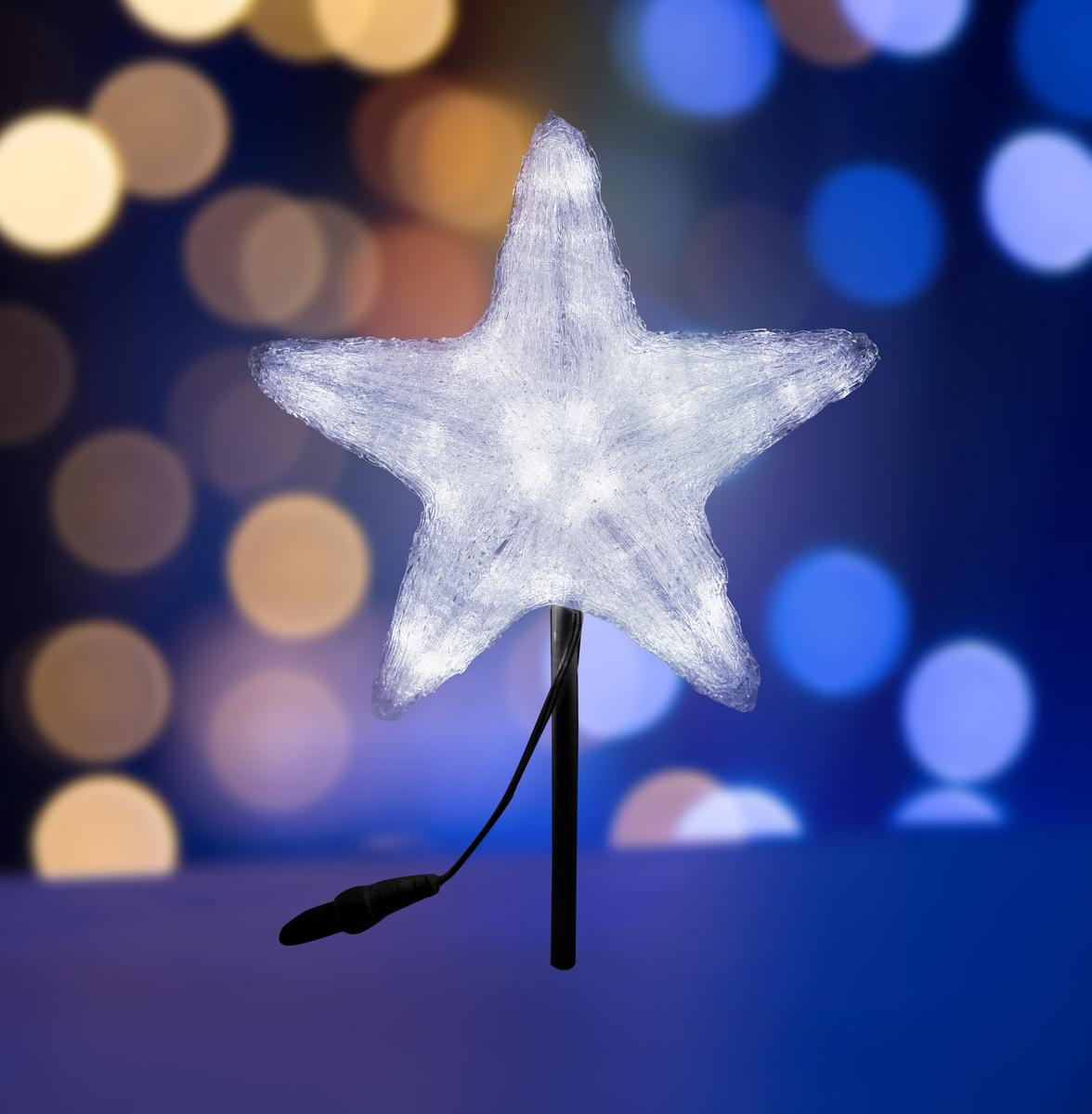 Фигура акриловая Neon-Night Звезда, светодиодная, 45 LED, цвет: белый, 30 см513-435Акриловые фигуры за несколько лет вызвали большой интерес у дизайнеров и частных клиентов. С каждым годом расширяется не только ассортимент акриловых фигур, но и появляются новые технологии нанесения акрила. Эти яркие, светящиеся объемные фигуры, состоящие из металлического каркаса, акрила и светодиодов, применяются для оформления и создания новогодней атмосферы в кафе, ресторанах, торговых центрах, магазинах, на площадях и перед входом, а также просто в частных домах и квартирах. Все фигуры укомплектованы понижающим трансформатором , что обеспечивает безопасность при контактировании, а так же имеют степень защиты IP 44, что позволяет использовать их как в помещении, так и на улице.