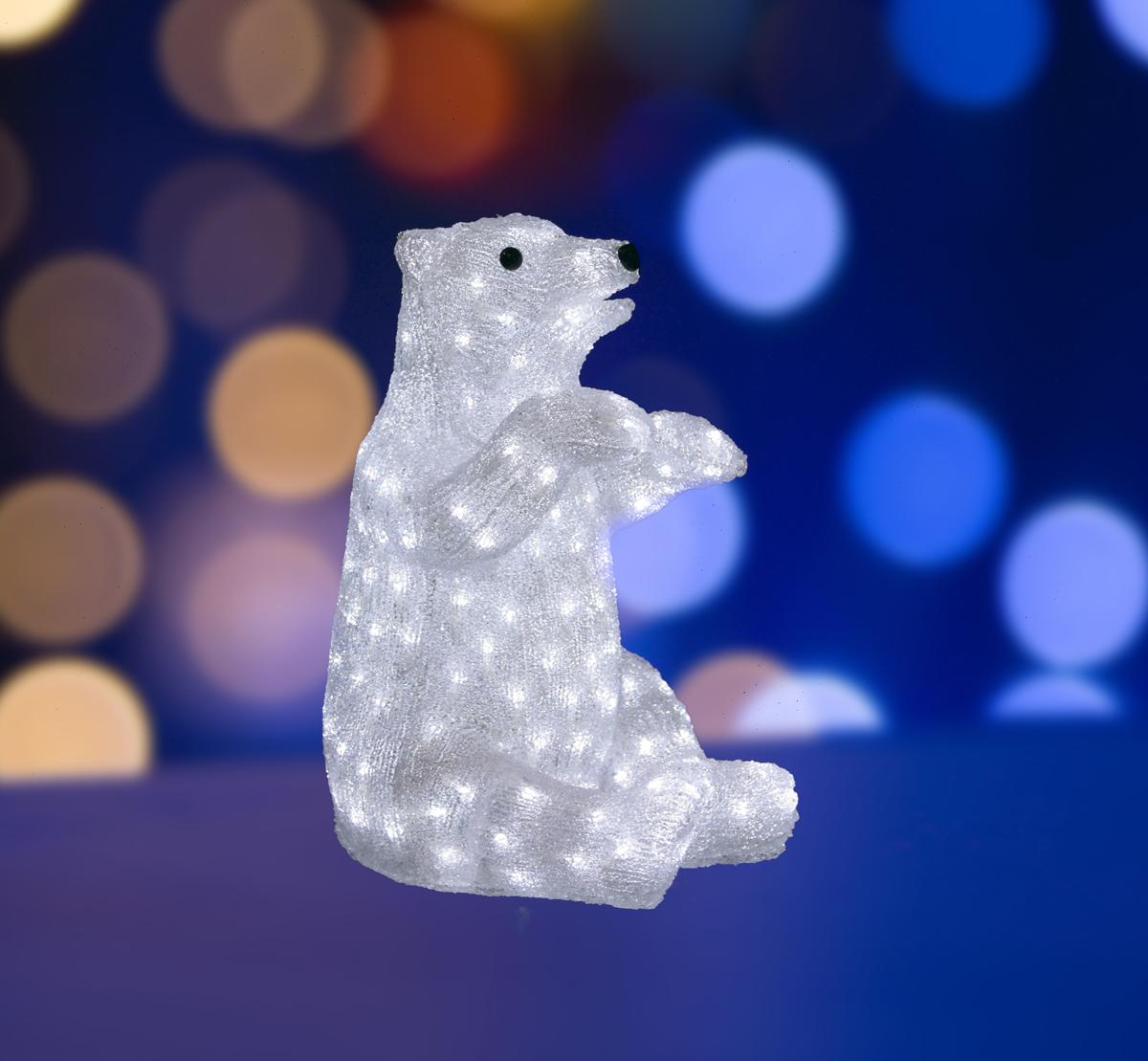 Фигура акриловая светодиодная Neon-Night Белый медведь, 200 LED, с понижающим трансформатором, 36 х 41 х 53 см513-249Акриловые фигуры за несколько лет вызвали большой интерес у дизайнеров и частных клиентов. С каждым годом расширяется не только ассортимент акриловых фигур, но и появляются новые технологии нанесения акрила. Эти яркие, светящиеся объемные фигуры, состоящие из металлического каркаса, акрила и светодиодов, применяются для оформления и создания новогодней атмосферы в кафе, ресторанах, торговых центрах, магазинах, на площадях и перед входом, а также просто в частных домах и квартирах. Все фигуры укомплектованы понижающим трансформатором , что обеспечивает безопасность при контактировании, а так же имеют степень защиты IP 44, что позволяет использовать их как в помещении, так и на улице. Акриловая светодиодная фигура Белый медведь высотой 36 см, светящаяся более чем 200 ярких диодов, выполнена по специальной технологии нанесения акрила имитируя шерстяной покров реального животного. Она позволит Вам создать ту самую, настояющую новогоднюю атмосферу и принести сотни радостных улыбок.