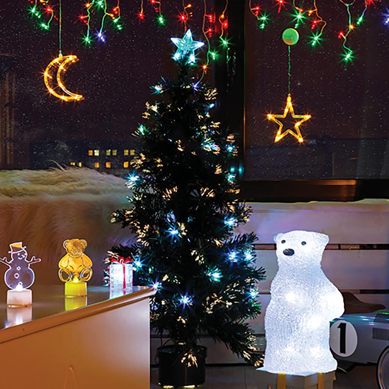 Комплект Neon-Night Детская, для новогоднего украшения дома, цвет гирлянд: синий. 500-053500-053Не секрет, что самое хлопотное время в году - предновогоднее. Люди тратят массу времени и сил на поиск подарков для своих родных, близких, коллег и друзей. Подчас просто не остается времени на украшение дома и создание того самого желанного предновогоднего настроения. Детская - это, пожалуй, та комната в доме, которую больше всего хочется наполнить теплом и новогодним настроением. Ведь детям так важно почувствовать ту сказку, то волшебство, которые связывают с этим праздником. В комплект Neon-Night Детская включены разнообразные элементы новогодних украшений, позволяющие воплотить дома настоящую новогоднюю сказку. Состав комплекта:- Гирлянда Бахрома, которая подойдет для стандартного окна. Ее размер 1,8х0,5 м.- Светящийся Медвежонок размером 22 см. - Две большие светящиеся фигуры на присосках. Размещенная на окне Звездочка или Месяц станут отличным ночником для ребенка.- Различные настольные светящиеся фигурки - 3 новогодних фигурки по 10 см. Особенность таких фигурок - смена цвета свечения в пределах 256 цветов. Набор уже укомплектован всем необходимым: батарейками и крепежами для гирлянд. Подарите новогоднее настроение себе и близким, украсив комнату всего за 30 минут!