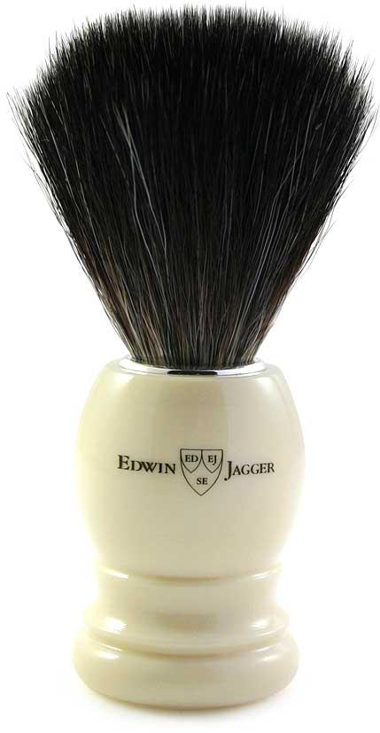 Edwin Jagger Помазок, искусственный ворс, цвет: слоновая кость. 21P3721P37Если у вас чувствительная кожа или же Вы — веган, то такой помазок точно Вам подойдет. Ручка удобной формы цвета слоновой кости.