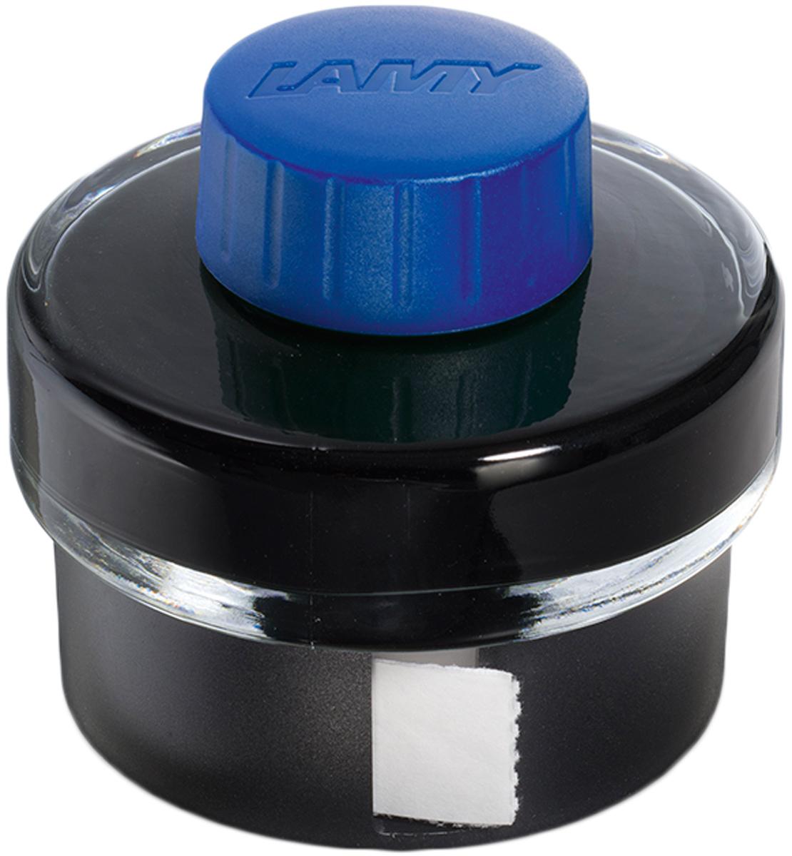 Lamy Чернила для письма T52 цвет синий 50 мл1608933Чернила для перьевых ручек на водной основе в стеклянном флаконе с пластиковым основанием. В основании находится рулон промокательной бумаги для удаления капель чернил с пишущего узла ручки после заправки.На дне флакона имеется углубление для сбора остатков чернил для удобной заправки и использования до последней капли.Чернила предназначены для заправки перьевых ручек с помощью конвертера а также для поршневых перьевых ручек.Цвет: синийИстория бренда Lamy насчитывает более 80-ти лет, а его философия заключается в слогане Дизайн. Сделано в Германии. Компания получила более 100 самых престижных дизайнерских наград. Все пишущие инструменты Lamy производятся на фабрике в Гейдельберге (Германия).