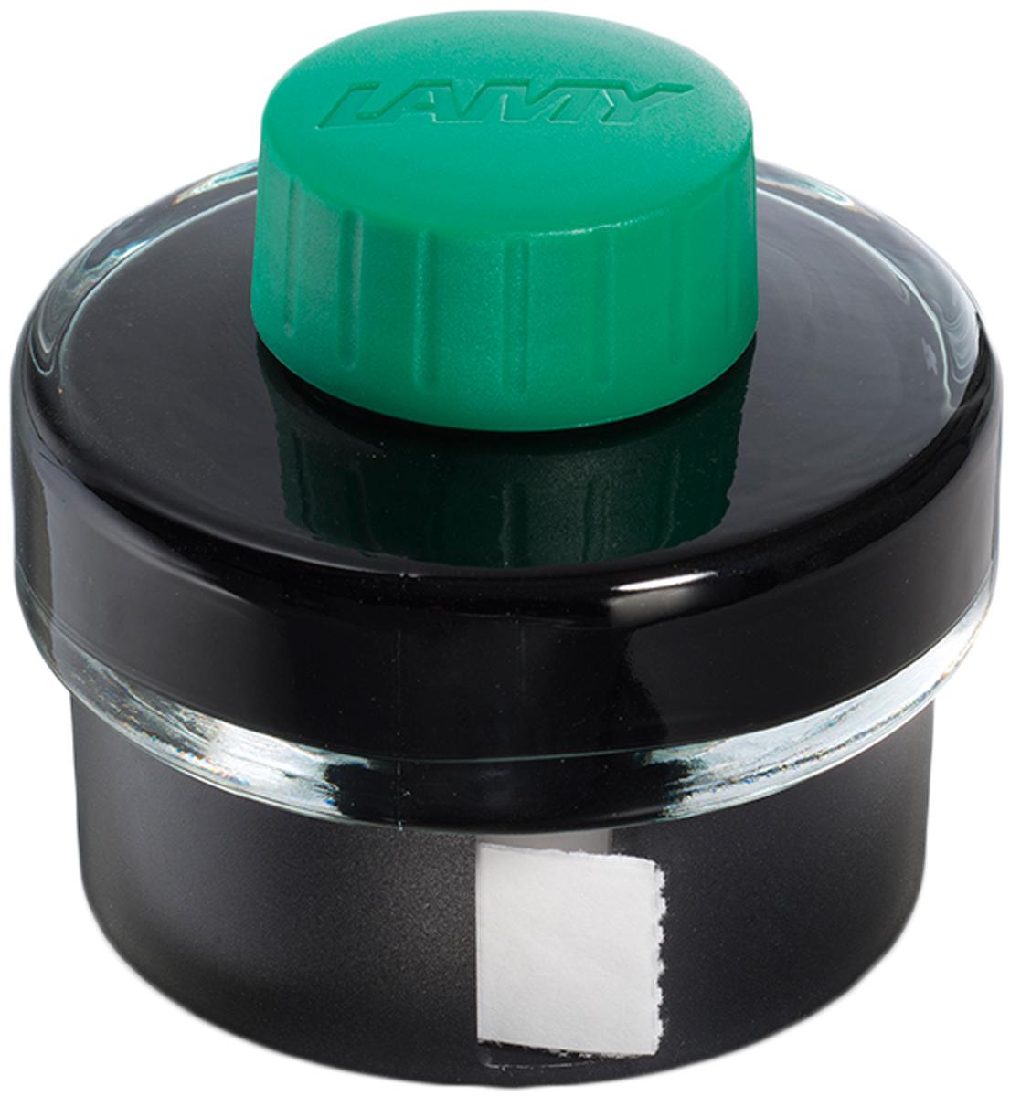 Lamy Чернила для письма T52 цвет зеленый 50 мл1608935Чернила для перьевых ручек на водной основе в стеклянном флаконе с пластиковым основанием. В основании находится рулон промокательной бумаги для удаления капель чернил с пишущего узла ручки после заправки.На дне флакона имеется углубление для сбора остатков чернил для удобной заправки и использования до последней капли.Чернила предназначены для заправки перьевых ручек с помощью конвертера а также для поршневых перьевых ручек.Цвет: зеленый.История бренда Lamy насчитывает более 80-ти лет, а его философия заключается в слогане Дизайн. Сделано в Германии. Компания получила более 100 самых престижных дизайнерских наград. Все пишущие инструменты Lamy производятся на фабрике в Гейдельберге (Германия).