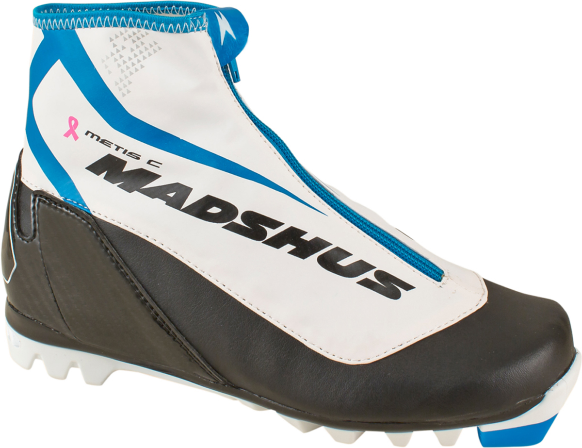 Ботинки лыжные женские Madshus Metis, цвет: черный, белый. Размер 40N154008Женская модель для классики Metis имеет в своем арсенале высокотехнологичную манжету из софтшелл-материала MemBrain с флисовой подкладкой для отличных дышащих свойств и водонепроницаемости и очень мягкий передний отдел подошвы для долгих прогулок.Софтшелл-конструкция, проверенная спортсменами, плотнооблегает женскую ногу. Metis - идеальное решениедля поклонниц активного отдыха.