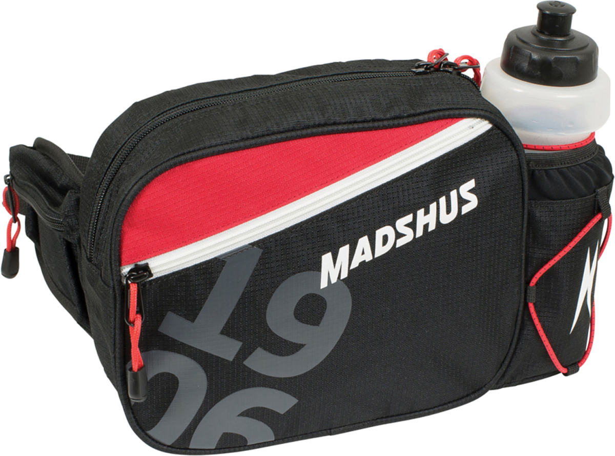 Чехол для беговых лыж Madshus Waist Belt, цвет: черныйN1650501Функциональная поясная сумка с карманом на молнии и отделением для бутылки. Модель выполнена из прочного износостойкого полиэстера плотностью 600 ден. Бутылка входит в комплект.