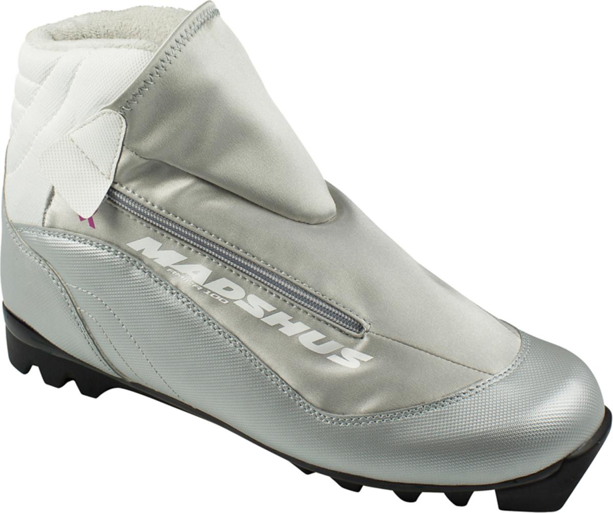 Ботинки лыжные женские Madshus Амica 100, цвет: серебряный. Размер 39N164012Ботинки лыжные женские Madshus Аmica 100 - это отличный баланс для спорта и активного отдыха. Внешняя оболочка модели из дышащего и водонепроницаемого софтшелл-материала MemBrain удерживает снег и сохраняет ноги в тепле. Внутренний ботинок создан с учетом анатомических особенностей женской стопы и обеспечивает исключительнуюустойчивость в сочетании с надежной фиксацией стопы. Выдающаяся поддержка для классических ботинок дает исключительный контроль над лыжами. Вам остается только наслаждаться прекрасными зимними пейзажами.