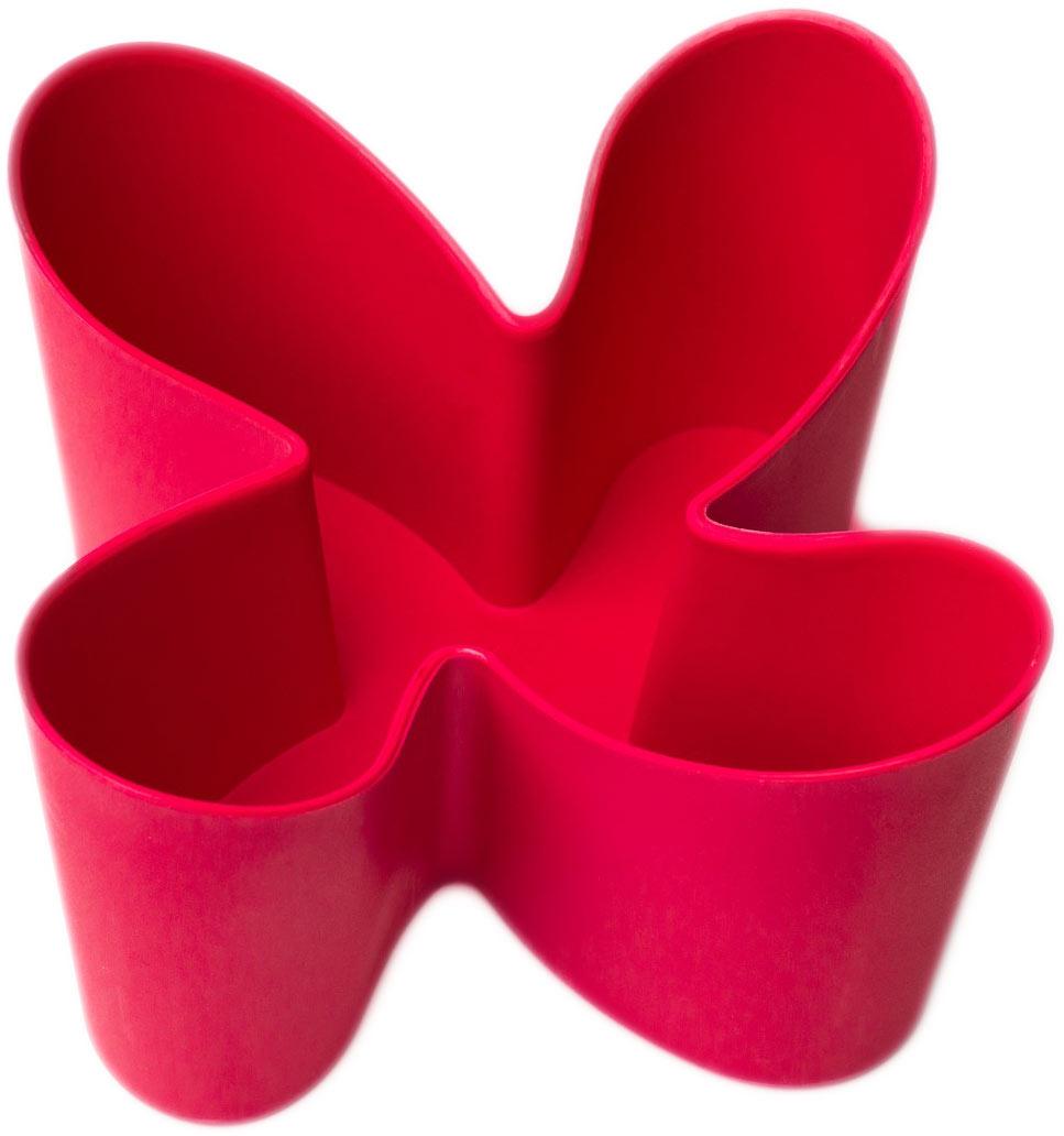 Держатель для пультов Ruges Находка, цвет: бордовыйD-32Держатель подставка для пультов Находка - поможет Вам организовать мелочи в Вашем доме и на работе. Дизайн подставки удачно дополнит любой интерьер. С помощью нескольких подставок Вы сможете оформить места для хранения мелочей в едином стиле. Подставка Находка устойчива и не скользит даже на гладких поверхностях. Вмещает до 4-х пультов. Можно размещать тонкие цифровые фотоаппараты и мобильные телефоны. Размер: 12,5 х 12,5 х 9 см. Вес: 95 г. Комплектация: держатель - 1 шт, инструкция на русском языке.