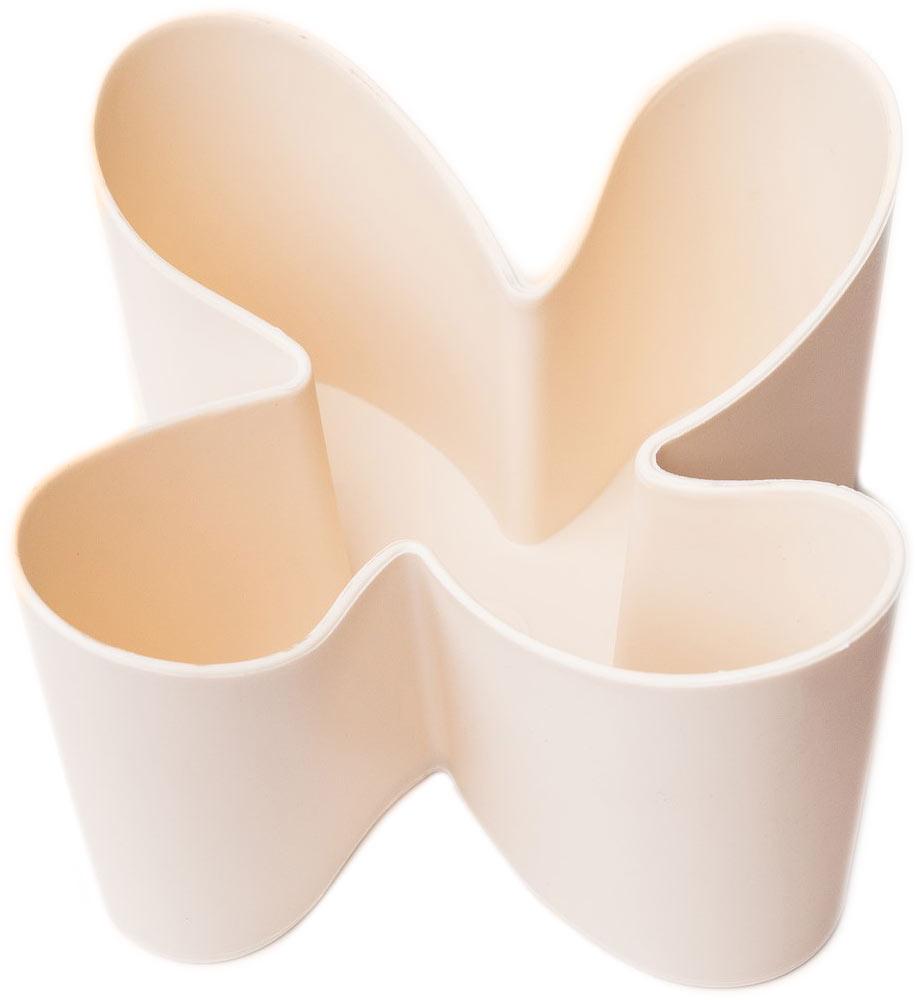 Держатель для пультов Ruges Находка, цвет: бежевыйD-33Держатель подставка для пультов Находка - поможет Вам организовать мелочи в Вашем доме и на работе. Дизайн подставки удачно дополнит любой интерьер. С помощью нескольких подставок Вы сможете оформить места для хранения мелочей в едином стиле. Подставка Находка устойчива и не скользит даже на гладких поверхностях. Вмещает до 4-х пультов. Можно размещать тонкие цифровые фотоаппараты и мобильные телефоны. Размер: 12,5 х 12,5 х 9 см.; Вес: 95 г. Комплектация: держатель - 1 шт, инструкция на русском языке.