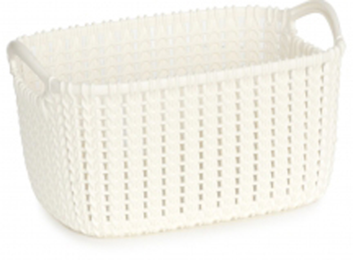 Корзина универсальная Curver Knit, цвет: белый, 3 л. 03675-X64-0003675-X64-00Универсальная корзина Curver Knit изготовлена извысококачественного пластика и оформлена декоративной перфорацией под плетение. Для дополнительного удобства корзина имеет удобные ручки.Такая корзина непременно пригодится в быту, в ней можно хранить кухонные принадлежности, специи, аксессуары для ванной и другие бытовые предметы.