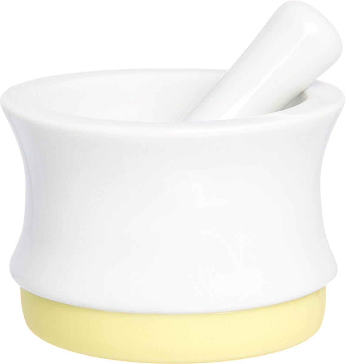 Ступка с пестиком Elan Gallery, с подставкой, цвет: белый, лимонный, 7,5 х 7,5 х 5,3 см900028Ступка с силиконовой ножкой-подставкой и пестиком очень удобна для измельчения специй. Незаменимый помощник на кухне. Отличный подарок для искусных кулинаров.