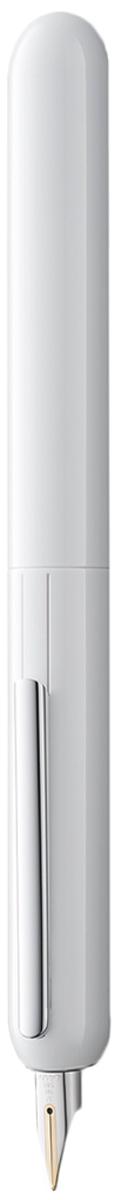 Lamy Ручка перьевая Dialog3 цвет корпуса белый толщина F4027881Перьевая ручка, созданная в коллаборации со знаменитым швейцарским дизайнером Франко Кливио. В этой модели функциональность сочетается с технической инновативностью: перьевая ручка без колпачка, с пером, выдвигающимся с помощью поворотного механизма.Металлическая заслонка защищает перо от пыли и пересыхания. Запатентованный клип поднимается, когда перо убрано, и прижимается к корпусу во время письма.Покрытие корпуса - белый блестящий лак. Клип с покрытием из платины. Золотое, частично платинированное перо 14 Карат.Перьевая ручка используется с чернильными картриджами LAMY T10 или с конвертером LAMY Z27 для заправки чернилами из флакона LAMY T51 или LAMY T52.Комплектация: подарочный футляр, гарантийная карточка, буклет, конвертер LAMY Z27, чернильный картридж синего цвета LAMY T10, приспособление для промывки секции хвата (см. видео-инструкцию об уходе за ручкой LAMY dialog 3.Дизайн: Франко Кливио История бренда Lamy насчитывает более 80-ти лет, а его философия заключается в слогане Дизайн. Сделано в Германии. Компания получила более 100 самых престижных дизайнерских наград. Все пишущие инструменты Lamy производятся на фабрике в Гейдельберге (Германия).