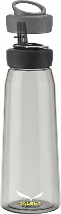 Фляга Salewa Runner Bottle, цвет: серый, 0,5 лIJ-937BСпортивная фляга Runner Bottle для тех, кто ведет активный образ жизни.Изготовлена из тритана, который не содержит вредных веществ. Широкое горлышко изделия позволит с легкостью наполнять и мыть флягу.Питьевое отверстие соединяется с трубкой, которая с легкостью закрывается.Крышка оснащена держателем, за который флягу можно подвесить на рюкзак или ремень.Тритан - это прочный, прозрачный материал, который прошел научные тестирования и былпризнанным одним из лучшихматериалов для использования в медицинской промышленности. Объем: 0,5 л.Вес: 115 г.