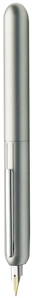 Lamy Ручка перьевая Dialog3 цвет корпуса золотистый толщина M4000542Перьевая ручка, созданная в коллаборации со знаменитым швейцарским дизайнером ФранкоКливио. В этой модели функциональность сочетается с технической инновативностью: перьеваяручка без колпачка, с пером, выдвигающимся с помощью поворотного механизма.Металлическая заслонка защищает перо от пыли и пересыхания. Запатентованный клипподнимается, когда перо убрано, и прижимается к корпусу во время письма.Покрытие корпуса - белый блестящий лак. Клип с покрытием из палладия. Золотое, частичноплатинированное перо 14 Карат. Перьевая ручка используется с чернильными картриджами LAMY T10 или с конвертером LAMYZ27 для заправки чернилами из флакона LAMY T51 или LAMY T52.Комплектация: подарочный футляр, гарантийная карточка, буклет, конвертер LAMY Z27,чернильный картридж синего цвета LAMY T10, приспособление для промывки секции хвата (см.видео-инструкцию об уходе за ручкой LAMY dialog 3.Дизайн: Франко Кливио История бренда Lamy насчитывает более 80-ти лет, а его философия заключается в слоганеДизайн. Сделано в Германии. Компания получила более 100 самых престижных дизайнерскихнаград. Все пишущие инструменты Lamy производятся на фабрике в Гейдельберге (Германия).