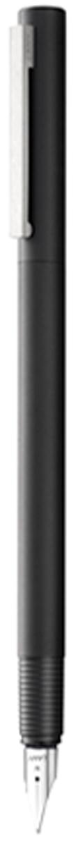 Lamy Ручка перьевая Cp1 цвет корпуса черный толщина F4000424Lamy Cp 1 (056) Элегантная модель от дизайнера Герда А. Мюллера - создателя знаменитой ручки Lamy 2000. Тонкий цилиндрический корпус c матовым черным покрытием. На колпачке стальной клип сильнойфиксации. Хват имеет эргономичную бороздчатую структуру, что не дает ручке скользить при письме. Стальное полированное перо. Перьевая ручка используется с чернильными картриджами Lamy T10 или с конвертером LamyZ27 для заправки чернилами из флакона Lamy T51 или Lamy T52. Комплектация: подарочный футляр, гарантийная карточка, буклет, конвертер Lamy Z27,чернильный картридж синего цвета Lamy T10. Дизайн: Герд А. Мюллер. История бренда Lamy насчитывает более 80-ти лет, а его философия заключается в слоганеДизайн. Сделано в Германии. Компания получила более 100 самых престижных дизайнерскихнаград. Все пишущие инструменты Lamy производятся на фабрике в Гейдельберге (Германия).