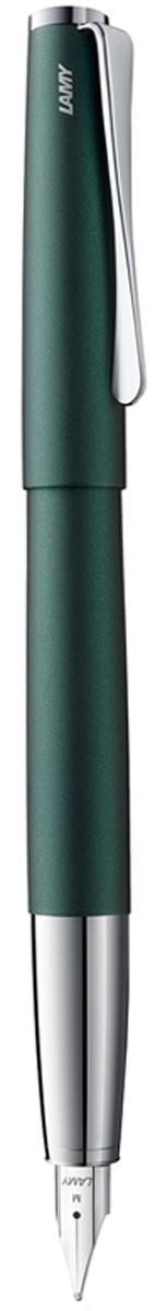 Lamy Ручка перьевая Studio цвет корпуса зеленый толщина F4032690Необычный клип в форме лопасти - визитная карточка модельного ряда Lamy Studio.Классические линии корпуса в обрамлении хромированных деталей делают эти пишущиеинструменты очень гармоничными. Слегка утолщенный корпус удобно лежит в руке.Металлические корпус и колпачок. Покрытие корпуса - матовый зеленый лак.Стальное полированное перо. Перьевая ручка используется с чернильными картриджами LAMYT10 или с конвертером LAMY Z27 для заправки чернилами из флакона LAMY T51 или LAMY T52.Комплектация: подарочный футляр, гарантийная карточка, буклет, конвертер LAMY Z27,чернильный картридж синего цвета LAMY T10. Дизайн: Ханнес Веттштайн. История бренда Lamy насчитывает более 80-ти лет, а его философия заключается в слоганеДизайн. Сделано в Германии. Компания получила более 100 самых престижных дизайнерскихнаград. Все пишущие инструменты Lamy производятся на фабрике в Гейдельберге (Германия).
