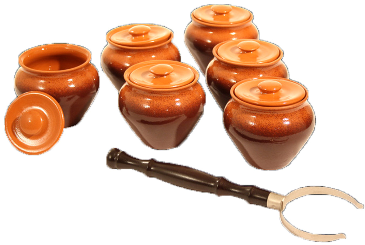 Набор столовой посуды Вятская Керамика, 13 предметов. НБР ВK-1/6Т1302153Набор посуды Вятская Керамикасостоит из 13 предметов: 6 горшочков с крышками и ухвата. Все изделия выполнены из керамики. Керамическую посуду ценят за удивительные свойства и ее универсальность: в ней можно и готовить, и подавать готовые блюда на стол. А еда, приготовленная в такой посуде, приобретает неповторимый вкус и аромат за счет свойств самой керамики, которого нельзя добиться в стальной кастрюле или стеклянной форме.
