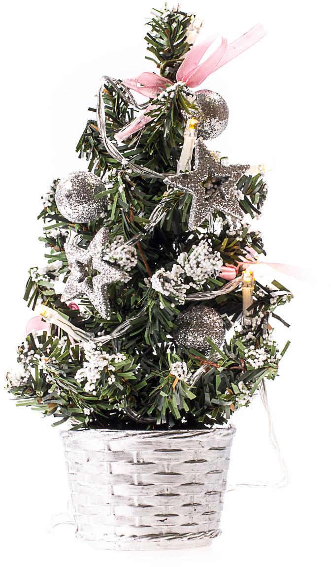 Елка настольная c игрушками и гирляндой Vita Pelle, 20 см. K11EL3009K11EL3009Милая наряженная елочка в корзинке украшена игрушками, мишурой и гирляндой. Она будет уместна и дома, и в офисе. Весело подмигивая всеми своими огоньками, она преобразит пространство, подарив праздник и новогоднее настроение.