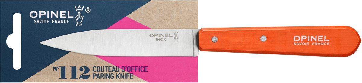 Нож для нарезки Opinel Les Essentiels, цвет: оранжевый, длина лезвия 10 см1916Универсальный нож Opinel N°112 c лезвием 9.5 см создан для очистки и резки овощей, фруктов, а также для разделывания мяса. Нож не предназначен для рубки костей, а также для замороженных продуктов. Коллекция Les Essentiels – это наборы ножей, которые необходимы для ежедневного использования на кухне. Все лезвия сделаны из нержавеющей стали Sandvik™ 12С27. Рукоятки ножей выполнены из натурального Бука. Яркий цвет рукоятки добавит искры процессу приготовления любимых блюд и подарит хорошее настроение.Чтобы ножи служили долгие годы эксперты Opinel не рекомендуют мыть ножи в посудомоечной машине, так как это существенно влияет на срок их службы:- из-за сильного напора воды во время работы посудомоечной машины ножи под давлением соприкасаются с другими столовыми приборами — это может привести к механическим повреждениям и затуплению лезвий;- во время загрузки и выгрузки ножей в отсек для столовых приборов крайне высока вероятность повреждения лезвия при контакте инструментов друг с другом;- многие ножи Opinel оснащены рукоятками из натурального дерева, которое теряет свои свойства при мытье в посудомоечной машине.- на длительность срока службы ножей также влияет использование едких моющих средств, которые разъедают сталь и затупляют лезвие, а также очень высокая температура воды в посудомоечной машине.