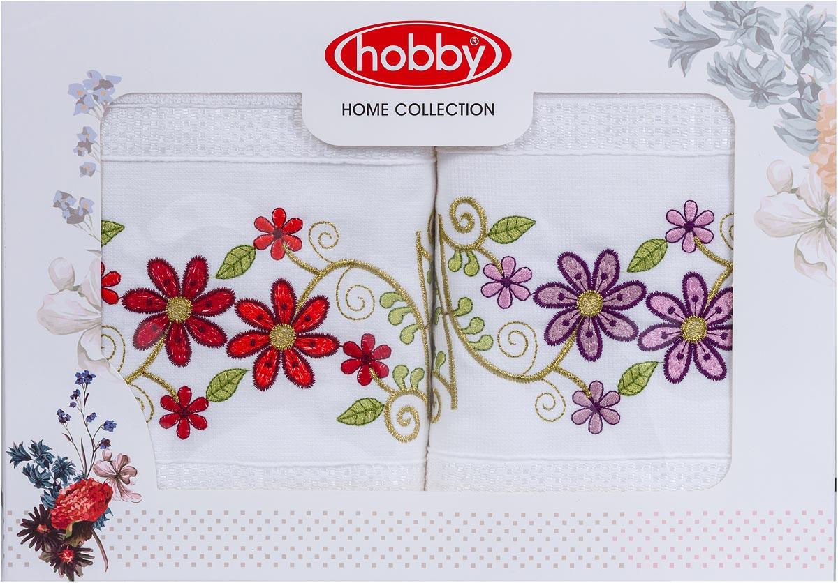 Полотенца марки Hobby Home Collection уникальны и разрабатываются эксклюзивно для данной марки. При создании коллекции используются самые высокотехнологичные ткацкие приемы. Дизайнеры марки украшают вещи изысканным декором. Коллекция линии соответствует актуальным тенденциям, диктуемым мировыми подиумами и модой в области домашнего текстиля.