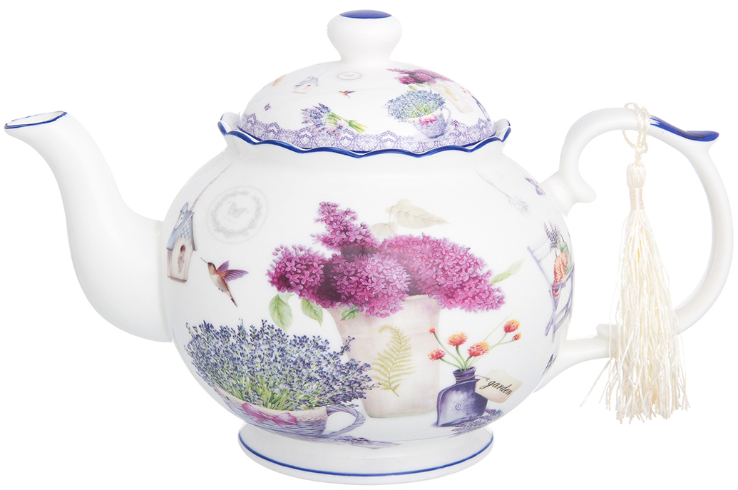 Чайник заварочный Elan Gallery Лаванда, 1,1 л420147Фарфоровый чайник из коллекции Лаванда идеально подходит для больших чаепитий. Объем чайника 1100 мл. Оригинальный дизайн и оформление подарит Вам и Вашим гостям отличное настроение.Чайник Лаванда 24*14*15 см. 1,1 л., в п/у, NEW BONE CHINA