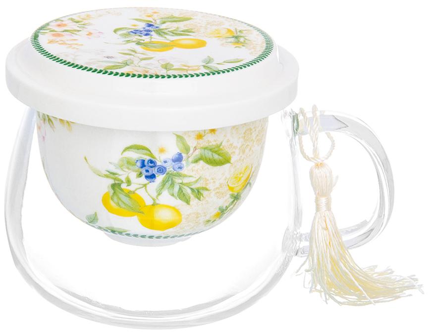 Кружка Elan Gallery Лимоны, с ситом и крышкой, 430 мл420163Великолепная кружка из стекла для заваривания чая с фарфоровым ситом идеально подойдет поклонникам чая. Станет прекрасным подарком для Ваших близких.Кружка стеклянная с фарфоровым ситом Лимоны 12,5*9,6*8,7 см. 430 мл., с крышкой, NEW BONE CHINA