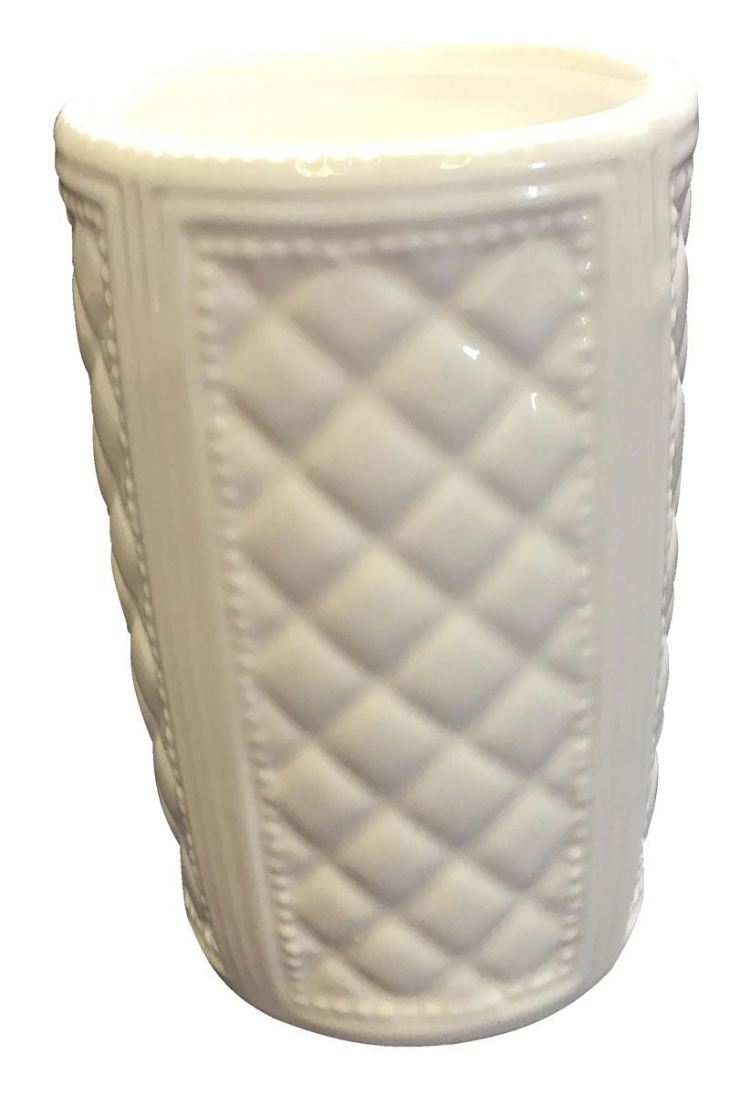 Стакан для ванной комнаты Vanstore Blanca, цвет: белый388-01Стакан Vanstore Blanca изготовленный из керамики белого цвета, отлично подойдет для вашейванной комнаты.Серия Blanca, создаст особую атмосферу уюта и максимального комфорта в ванной.