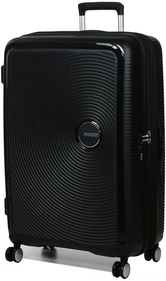 Чемодан American Tourister Soundbox, цвет: черный, 97 л. 32G-0900332G-09003Чемодан с расширением American Tourister Soundbox прекрасно подойдет для путешествий. Изготовлен из прочного пластика с текстильной подкладкой.Чемодан очень вместителен. Благодаря дополнительной молнии увеличивается объем чемодана. Изделие содержит продуманную внутреннюю и внешнюю организацию, которая позволит аккуратно и рационально разместить ваши вещи.Имеется одно большое отделение, закрывающееся по периметру на застежку-молнию с двумя бегунками. Большое отделение для хранения одежды и дополнительное отделение на молнии оснащены перекрещивающимися багажными ремнями, которые соединяются при помощи пластикового карабина.Также внутри имеется втачной карман на застежке-молнии. Такая организация позволяет удобно разложить вещи и избежать их сминания.Для удобной перевозки чемодан оснащен четырьмя маневренными колесами, которые обеспечивают легкость перемещения в любом направлении. Телескопическая ручка выдвигается нажатием на кнопку и фиксируется нескольких положениях. Сверху и сбоку предусмотрены удобные ручки для поднятия чемодана.Чемодан оснащен кодовым замком TSA, который исключает возможность взлома. Отверстие в кодовом замке предназначено для работников таможни (открытие багажа для досмотра без присутствия хозяина). Ключ находится только у таможни. Чемодан American Tourister Soundbox идеально подходит для поездок и путешествий. Он вместит все необходимые вещи и станет незаменимым аксессуаром во время поездок.Как выбрать чемодан. Статья OZON Гид