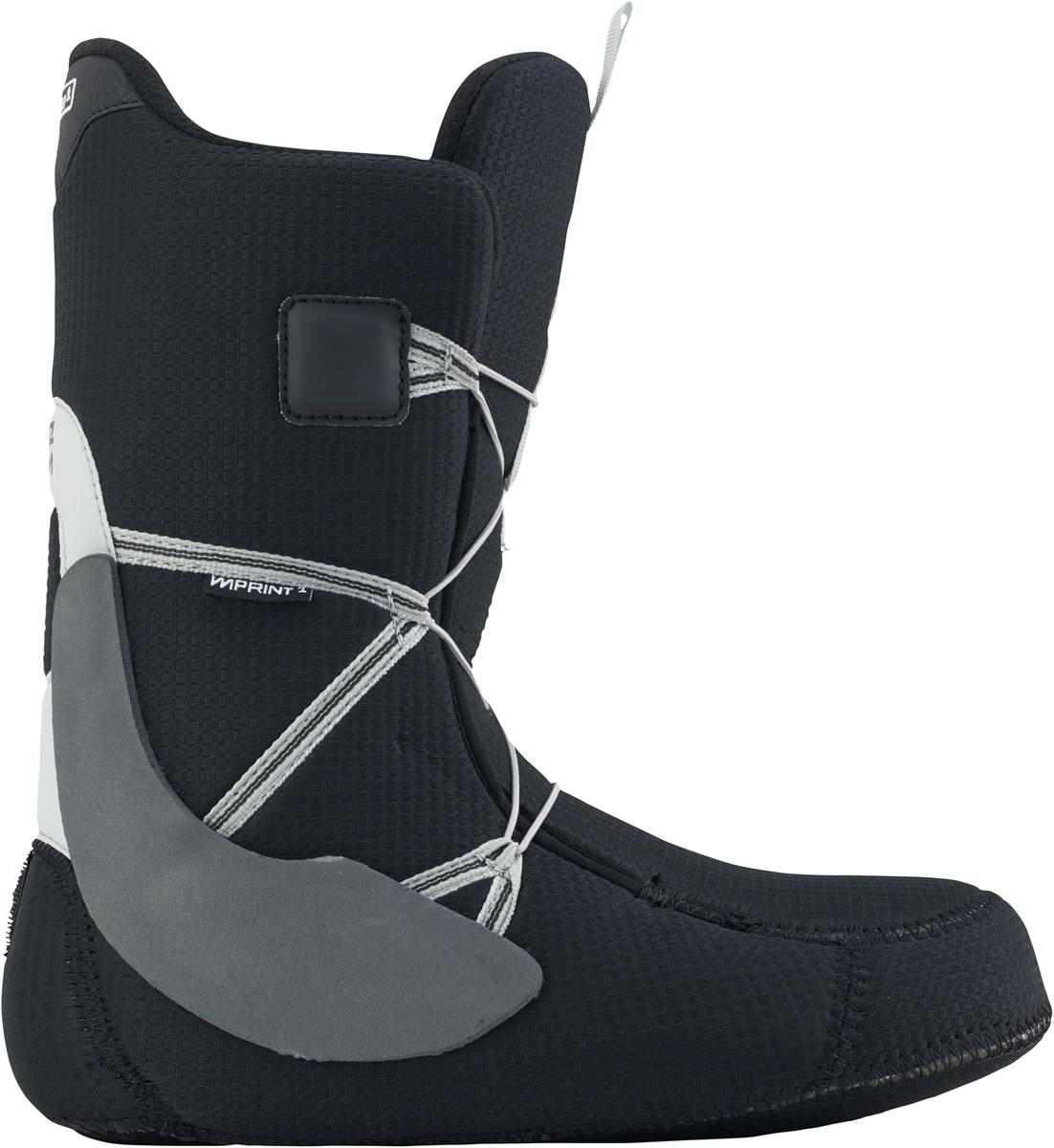 Эти ботинки подойдут не только новичкам, но прогрессирующим райдерам. Достаточно мягкие ботинки с гибким язычком обеспечат максимальную свободу движений во время катания и выполнения трюков. Стелька из вспененного материала EVA в сочетании c виброгасящими вставками подошвы Dynolite позволит ноге отлично чувствовать себя даже во время жестких приземлений.  Total Comfort Construction: конструкция этих ботинок предполагает удобство ношения с первого дня без дополнительной подгонки ботинка.  Технология Snow-Proof Internal Gusset защищает от попадания внутрь ботинка снега и влаги.  Виброгасящая стелька из вспененного материала EVA.  Традиционная шнуровка.  Мягкий и гибкий язычок.  Внутренник Imprint 1 с интегрированной шнуровкой.  Жесткость 2.      Как выбрать сноуборд. Статья OZON Гид