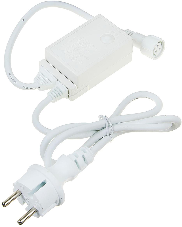 Контроллер уличный для гирлянд УМС Luazon Lighting, до 3000 LED, нить белая, каучук, 3W, 8 режимов1585987Контроллер – это необходимое приобретение, если ваш выбор пал на гирлянды с возможностью объединения. Это маленькое устройство является одновременно блоком питания и пультом управления. К такому контроллеру вы можете подключить цепь до 3000 LED cо светодинамикой, а затем выбрать один из 8 режимов работы – свечение, сияние, затухание, волны или микс всех программ сразу.