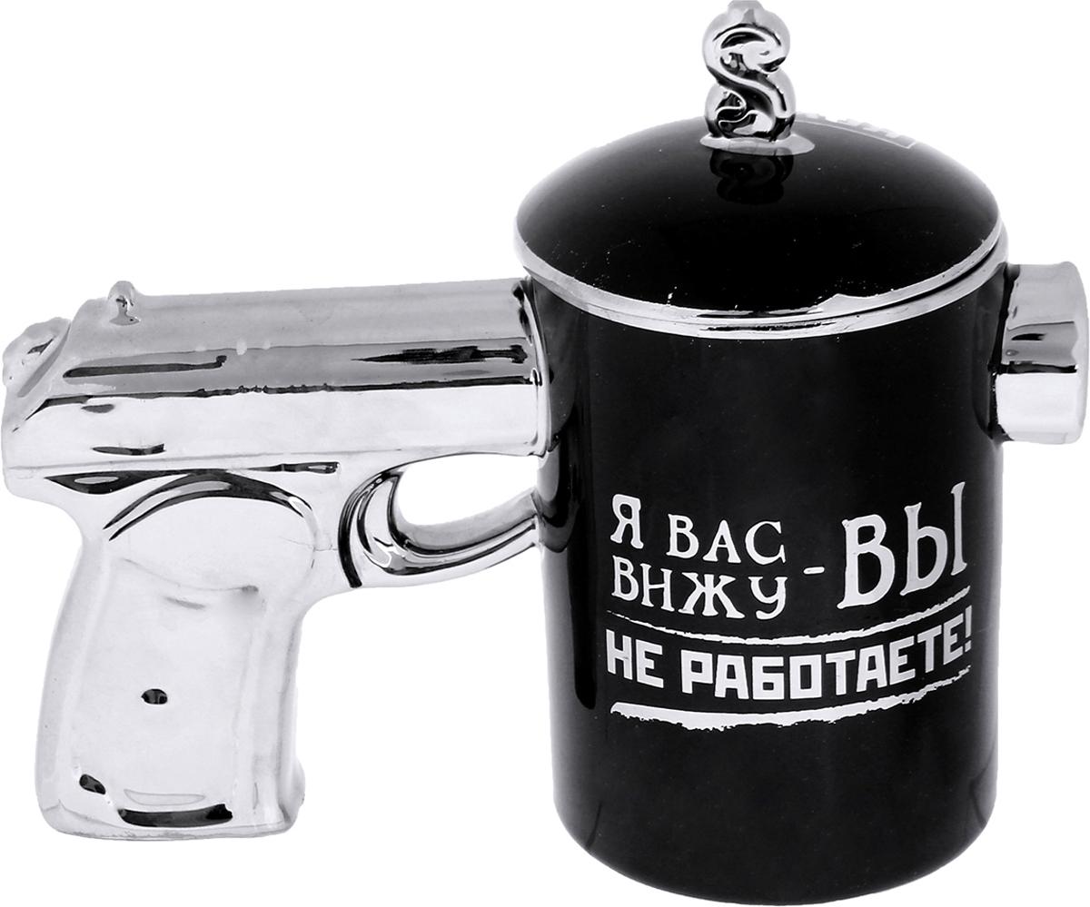 Кружка Sima-Land Работать, я сказал, 300 мл. 161939161939Налейте в эту кружку горячий свежесваренный кофе или крепкий ароматный чай, и по врагам бодрости и хорошего настроения - сонливости, вялости, апатии - будет нанесен сокрушительный удар! с необычной ручкой в виде рукояти пистолета станет сюрпризом для мужчины с отменным чувством юмора! А ваши гости ни за что не смогут пропустить такую кружку на столике возле дивана, в кухне или на офисном столе. Масса позитивных эмоций и веселья гарантированы. Шутки кончились!