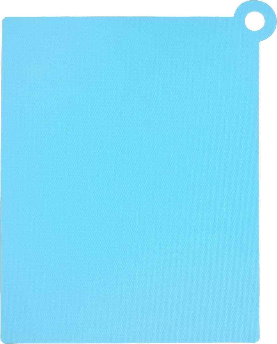 Коврик для резки Zeller, цвет: голубой, 39 х 30,7 см26118Коврик для резки Zeller выполнен из гибкого пищевого пластика, что позволяет удобно высыпать нарезанные продукты. Изделие не впитывает запах продуктов, имеет антибактериальную поверхность, отличается долгим сроком службы. Ножи не затупляются при использовании. Можно использовать обе стороны коврика. Устойчив к деформации и высоким температурам.Такой коврик понравится любой хозяйке и будет отличным помощником на кухне. Можно мыть в посудомоечной машине.Размер без учета ручки: 37 х 28,5 см.Размер с учетом ручки: 39 х 30,7 см.