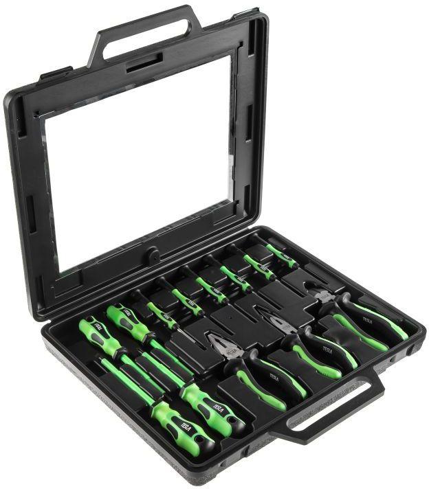 Набор диэлектрического инструмента и отверток для точных работ Tesla SET 3, в кейсе, 13 шт348438Набор инструментов13 штукСостав набора: Диэлектрические отвертки:SL-0.8x4.0x100 мм SL-1.0х5.5х125 мм PH-1x100 ммPH-2x100 ммБокорезы диэлектрическиеПассатижи диэлектрические Длинногубцы диэлектрические6 отверток для точных работ:SL-0.4x2.0х50 мм SL-0.4х2.5х50 мм SL-0.5х3.0х50 мм PH-00x50 ммPH-0x50 ммPH-1x50 мм